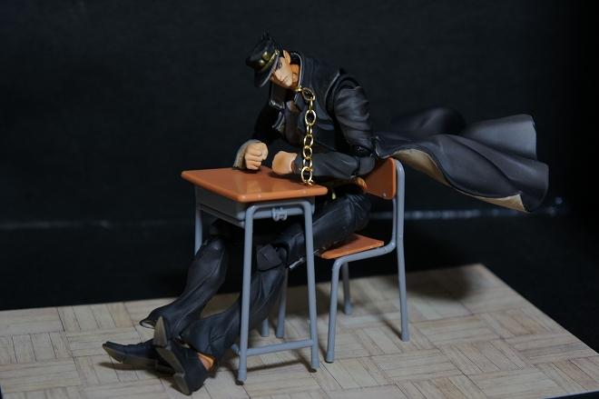 学校の机と椅子05.jpg